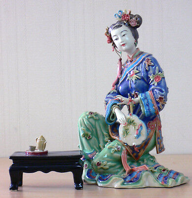 Dream Of The Red Chamber - Oriental Great Beauty ceramic Lady Figurine