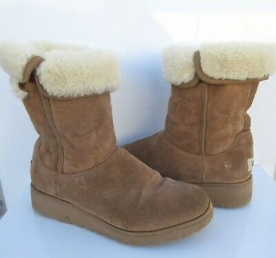 10646ce8c62 UGG WOMEN S AMIE Wedge Boots Suede Chestnut 1013428 Size 8.5 ...