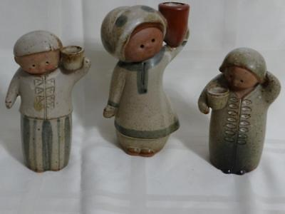 Vtg Set of 3 UCTCI Pottery Gempo SALT & PEPPER Shakers Peasant Couple JAPAN