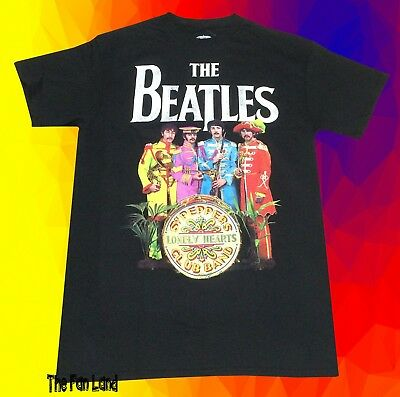 New The Beatles Sgt. Peppers Lonely Hearts Club 1967 Mens Retro Vintage T-Shirt