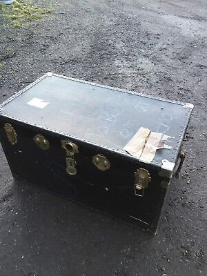 Large Travelling Trunk J Dunn  Prop Interior Coffee Table 12/2/W
