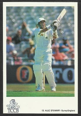 ALEC STEWART (SURREY & ENGLAND) TCCB OFFICIAL CRICKET POSTCARD No.13