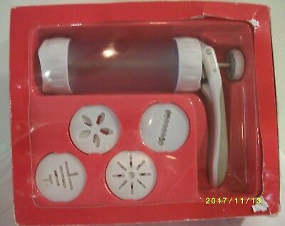NEW Wilton Cookie Max Cookie Press~has damaged box
