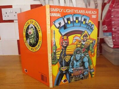 2000Ad Annual 1987 Unclipped & In Very Good Condition Judge Dredd