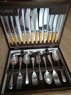 Antique Silver Plate 38 Piece Cutlery Set in Solid Wood Cabinet Viners Sheffield