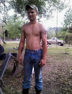 Shirtless Male Athletic Red Neck Hunks Guys In Jeans Fixing Truck PHOTO 4X6 C714