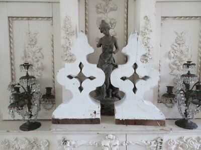 OMG PAIR Old Architectural Salvaged CORBELS PEDIMENTS FRETWORK Chippy White
