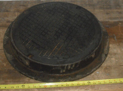 """General Foundries 18"""" Cast Iron Manhole Cover with Frame"""