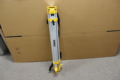DeWalt DW0737 Laser / Construction Tripod - Used