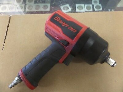 SNAP ON  PT850 1/2 Inch Air Impact Wrench Delivers  810 ft-lb of Max Torque USA