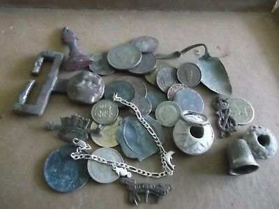 JOB LOT OF METAL DETECT FINDS INCLUDING WHIRLS/ SILVER JEWELLERY/COINS 99p 087 J