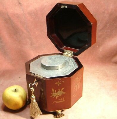 ANTIQUE SCARCE CHINESE RED LACQUER OCTAGONAL TEA CADDY COMPLETE 1880 single comp
