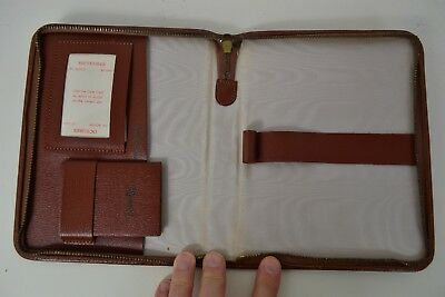 VINTAGE 1960s ENGLISH MADE ZIPPERED BROWN LEATHER WALLET CASE NOTEBOOK CALENDAR