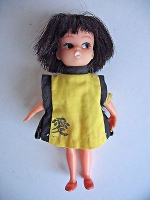 Vintage Hasbro DOLLY DARLINGS Casual Doll in Yellow Japanese Kimono 1966 1967