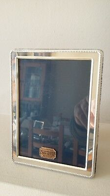 Beautiful Quality R Carr Stylish Bead Design  Hallmarked Silver Photo Frame
