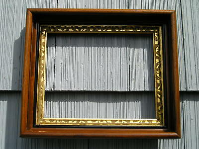 Rare Antique Stunning Pattern Gold Gilt Liner in Deep Wood Picture Frame 8 x 10