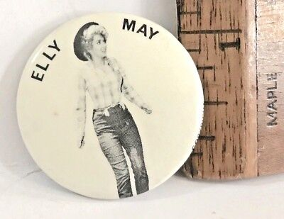 VINTAGE BEVERLY HILLBILLIES TV SERIES Pinback Photo Badge ELLY MAY DONNA DOUGLAS