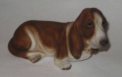HARVEY KNOX Reclining BASSET HOUND Vintage JAPAN Pottery FIGURINE Marked D240A