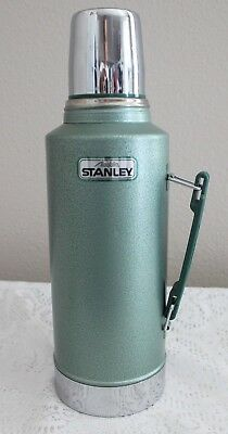 Vintage 1991 Aladdin Stanley Half Gallon Green Steel Thermos A945Dh ~Super Clean