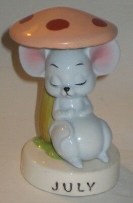 Sleeping MOUSE Under TOADSTOOL Vintage NORCREST Pottery JULY Birthday FIGURE
