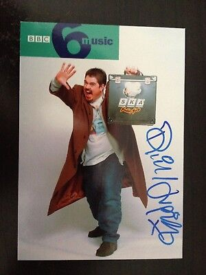 Phil Jupitus - Actor & Comedy Entertainer - Excellent Signed B/W Photograph