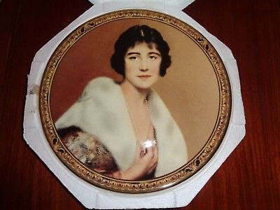 Royal Grafton Collectors Plate DUCHESS OF YORK The Queen Mother