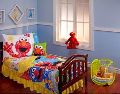 Sesame Street Scribbles 10-piece Toddler Bedding Set