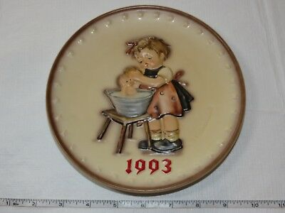 The M J Hummel Annual Plate Series Goebel 1993 Handpainted HUM 289 vintage ~