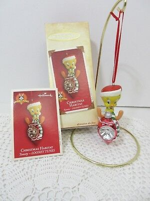 Hallmark Ornament Tweety Looney Tunes Christmas Habitat 2002