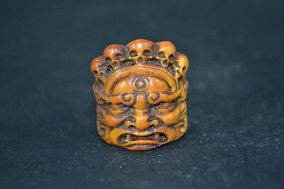 Collectible Chinese Tibet 0X b0ne Noble SKULL HANDWORK Carving Ring old amulet