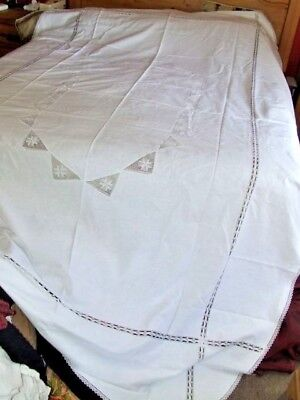 Stunning Vintage Large White Lace Tablecloth Bedspread  & 10 Napkins