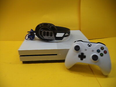 Microsoft Xbox One S Console 500Gb White + Headset