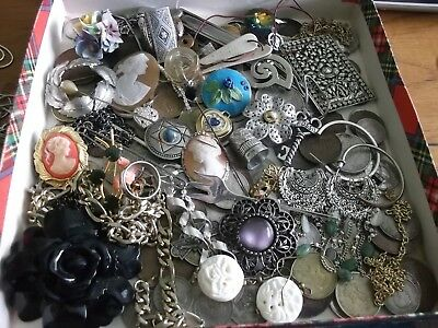 OLD BOX CONTAINING JOB LOT ANTIQUE/VINTAGE COLLECTABLES WITH GOOD SILVER  99p