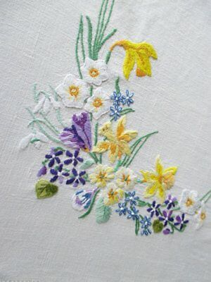 VINTAGE TABLECLOTH HAND EMBROIDERED with SPRING FLOWERS - LINEN