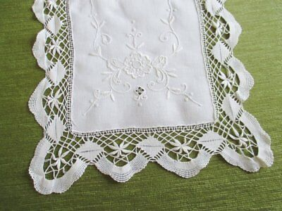 VINTAGE TABLE RUNNER-HAND EMBROIDERY with BOBBIN LACE TRIM