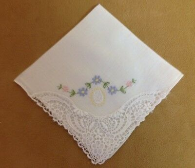 Vintage Ladies Hanky, Handkerchief, Small, Embroidered Flowers & Leaves, Lace