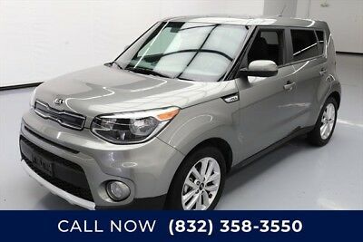 KIA Soul + Texas Direct Auto 2017 + Used 2L I4 16V Automatic FWD Hatchback