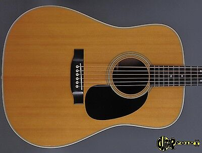 1974 Martin D-28 Dreadnought Flattop Guitar  - Natural Spruce Top -