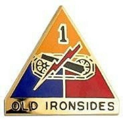 US Army 1st Armored Division Distinctive Unit Insignia Crest OLD IRONSIDES Pin