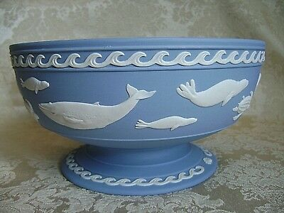 Rare Wedgwood Blue Jasperware World Wildlife Danbury Mint Pedestal Bowl - Mint