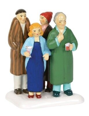 Dept 56 SV Christmas Vacation Freezing Our Baguettes Off 6000646 BRAND NEW 2018
