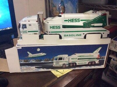 hess toy truck and space shuttle 1999 NIB