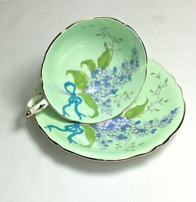 Beautiful Paragon Lilac With Pale Green Background England Bone China Cup Saucer