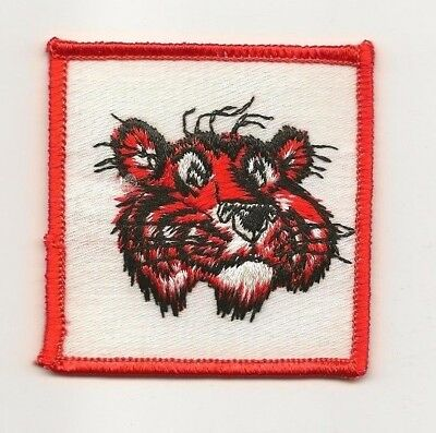 Vintage Automobile Gas and oil sew on patch  ESSO Tiger   NOS
