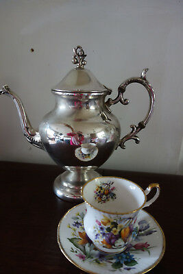 large vintage silver plated coffee/tea pot 11 inches