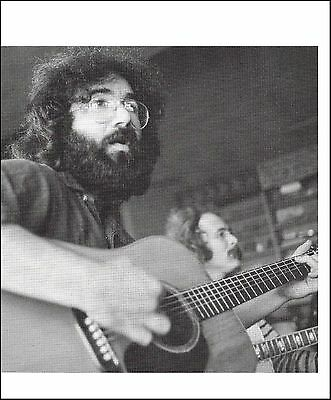 Grateful Dead Jerry Garcia with Martin D-18 acoustic guitar 8 x 11 pinup photo