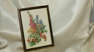 Pretty vintage embroidered framed picture. 1940s.