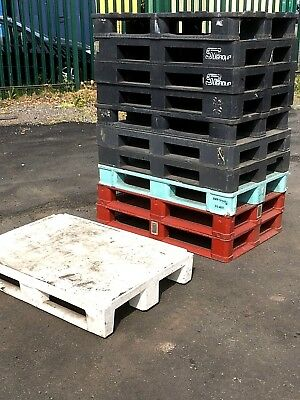 11 x Euro Plastic Pallets 1200 x 800mm Heavy Duty Smooth Deck Rackable Grade A