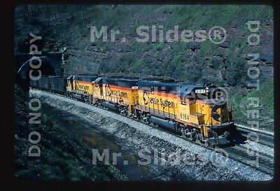 Original Slide Chessie System CSX GP40-2 6164 & 2 Matched Paint Action In 1988