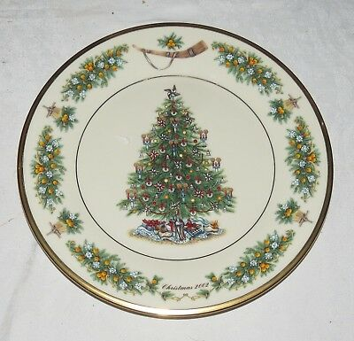 "Lenox 10.3/4"" Plate 2002 Christmas Trees Around the World Netherlands: Excellent"